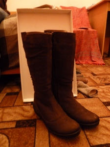 It is COLD in Russia, you guys! (Or, a brief introduction to the varieties of northern Russian boots).